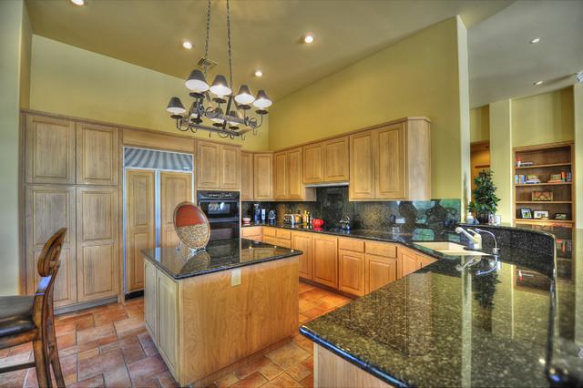 9280 E Thompson Peak Parkway #33 traditional-kitchen