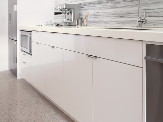 949 White Colorcore2 By Formica Group Modern Kitchen Cincinnati By Formica Group