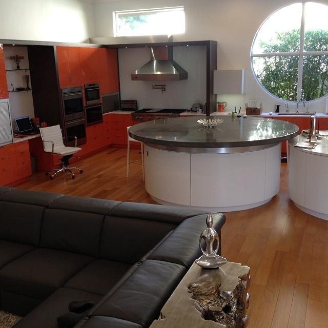 9ft Diameter Concrete Kitchen Island Modern Kitchen