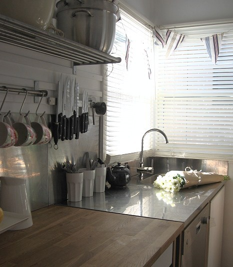 A Beach Cottage traditional kitchen
