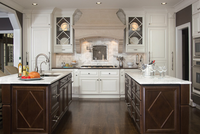 A beautiful kitchen renovation traditional kitchen for Gorgeous kitchen designs