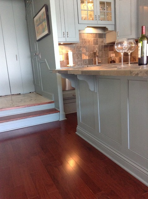 A blue (yes, blue!) Chicago Kitchen | Greenfield Cabinetry | custom traditional-kitchen
