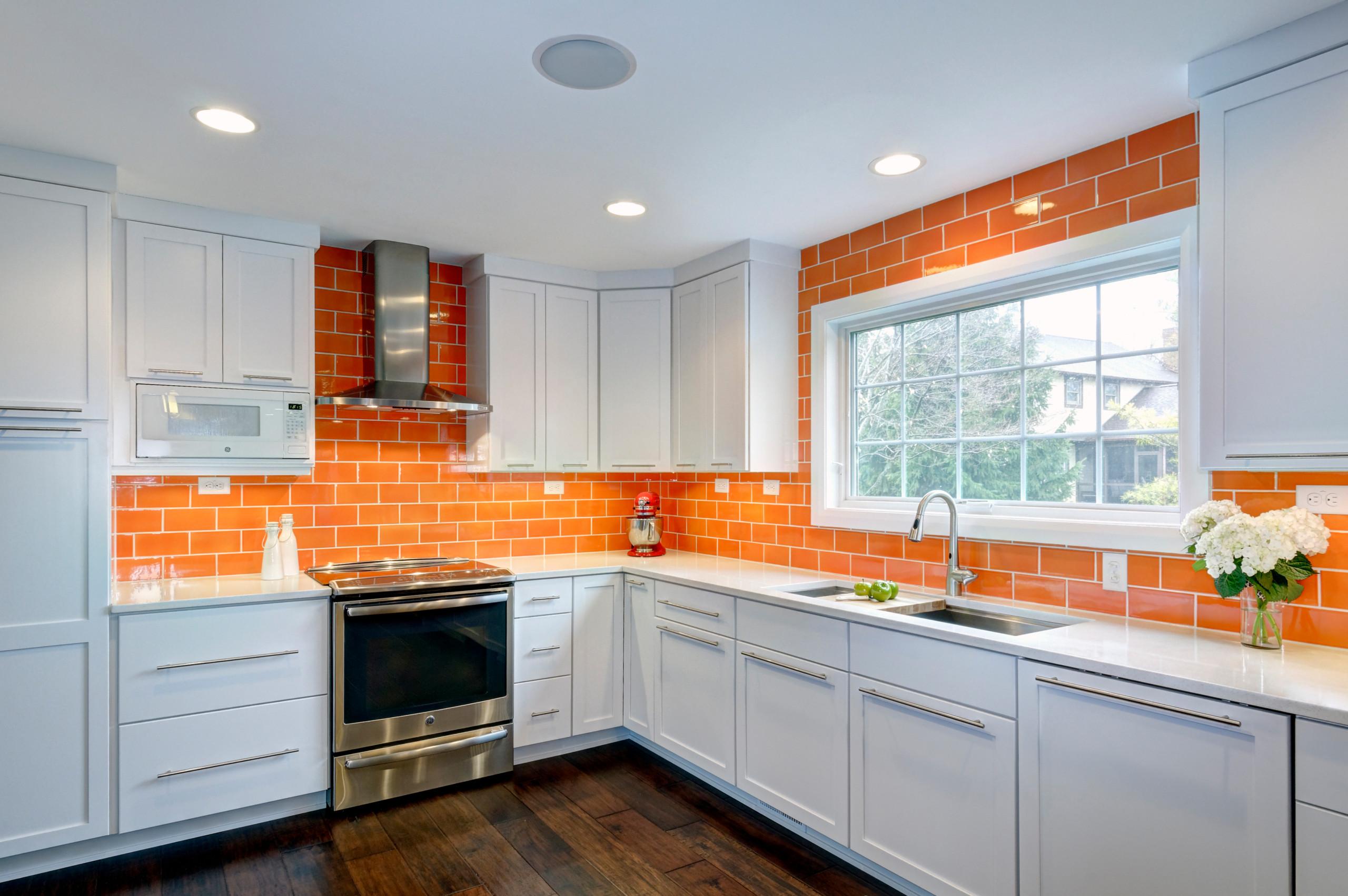 75 Beautiful Gray Kitchen With Orange Backsplash Pictures Ideas April 2021 Houzz