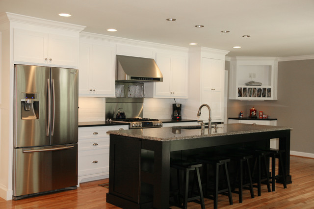 A Classic Black And White Kitchen Traditional Kitchen