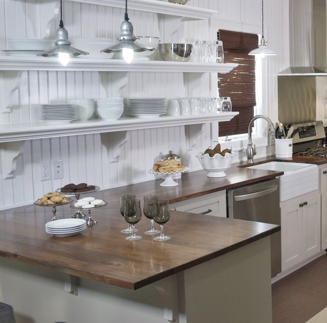 A cook 39 s cottage traditional kitchen other metro for Traditional kitchen shelves