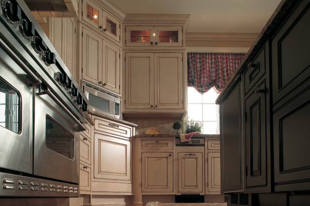 A Decidedly Painterly Palette of Finishes traditional-kitchen