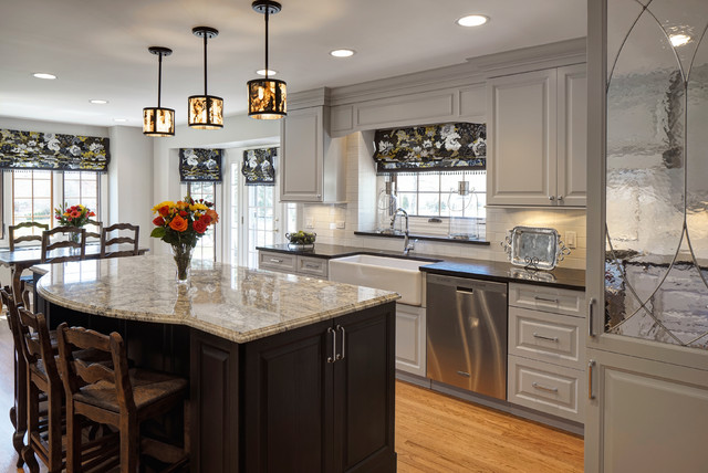 a fresh transitional kitchen naperville il transitional kitchen chicago by drury design. Black Bedroom Furniture Sets. Home Design Ideas
