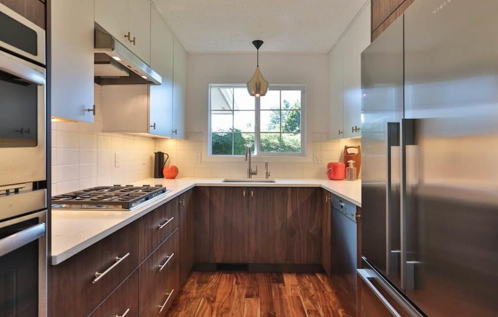 A Gorgeous Midcentury Ikea Kitchen Midcentury Kitchen Portland By Inspired Kitchen Design