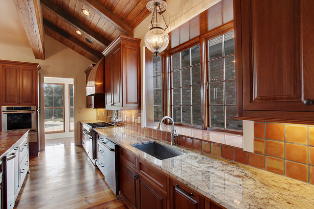 A Hays Town Style Interior Traditional Kitchen New