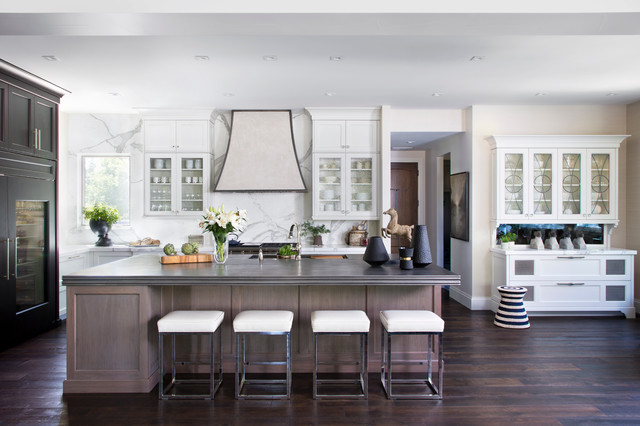 Get The Details: 4 Grand Dream Kitchens