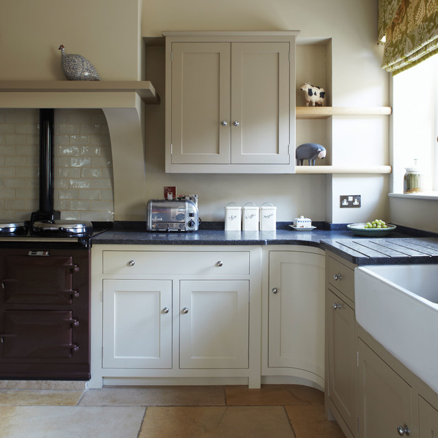 A kitchen painted in Savage Ground No.213 by Farrow & Ball ...