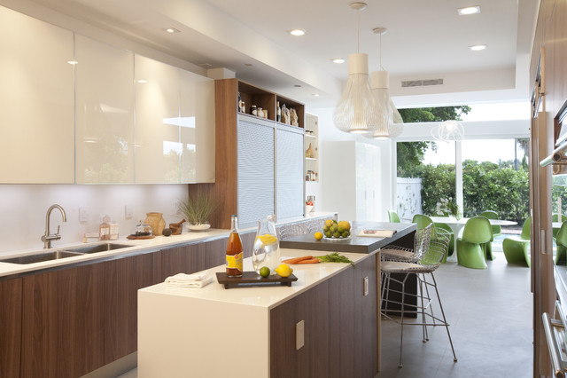A Modern Miami Home Modern Kitchen
