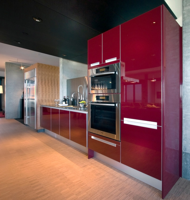 Modern Penthouse Design Overlooking The Minneapolis Lakes: A Penthouse Condo Kitchen In Minneapolis, MN By Partners 4