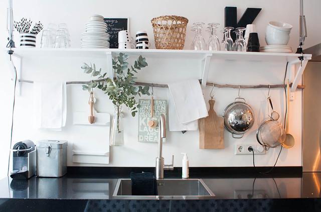 Выдающиеся фото от архитекторов и дизайнеров интерьера: кухня в стиле фьюжн