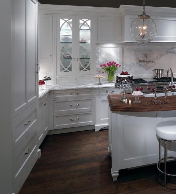 A Romantic Contemporary Kitchen Getaway