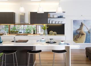A sparkling new kitchen in Manly - Modern - Kitchen ...