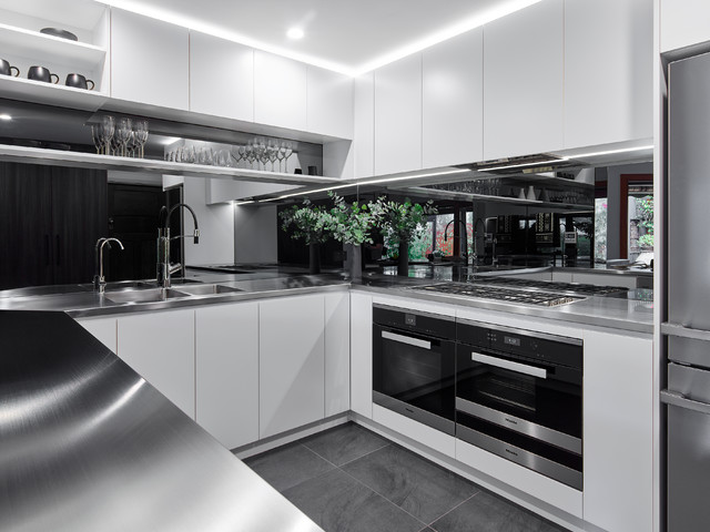 Light place contemporary kitchen adelaide by for Kitchen ideas adelaide