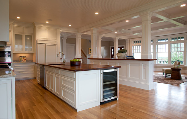 A Tesa Architecture Traditional Kitchen