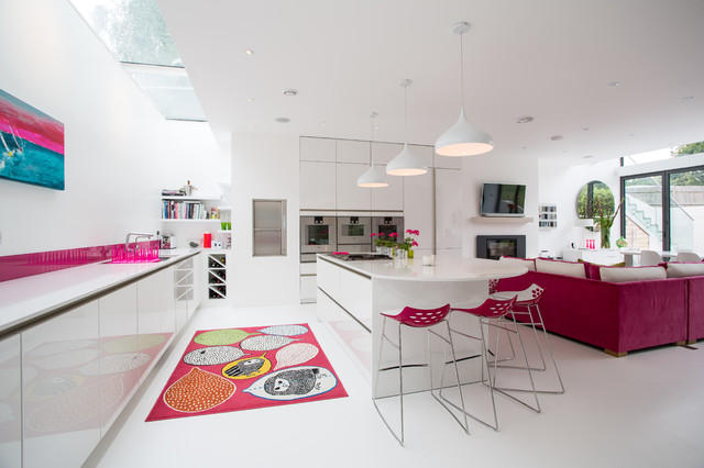 Inspiration for a large contemporary l-shaped white floor open concept  kitchen remodel in Hampshire