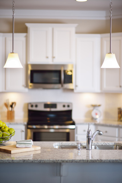 A Touch of Kitchens traditional-kitchen