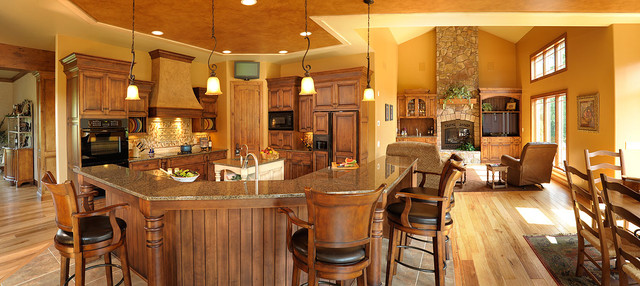 Amish Custom Cabinetry traditional-kitchen