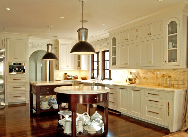 A Transitional White Kitchen Traditional Kitchen