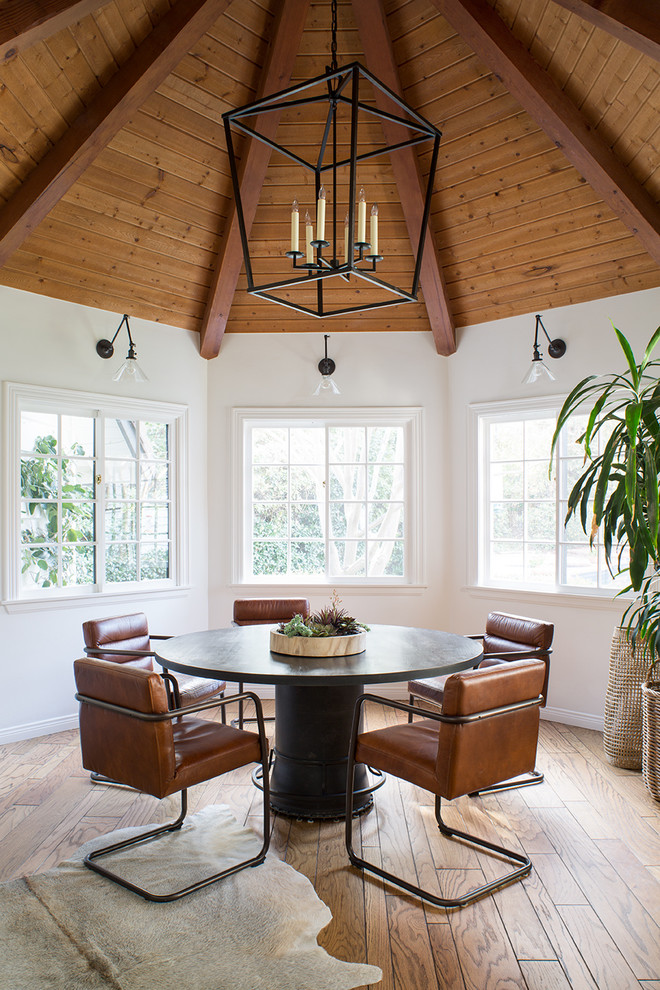 Large transitional l-shaped light wood floor and brown floor eat-in kitchen photo in Los Angeles with an undermount sink, shaker cabinets, beige cabinets, quartz countertops, porcelain backsplash, stainless steel appliances and an island