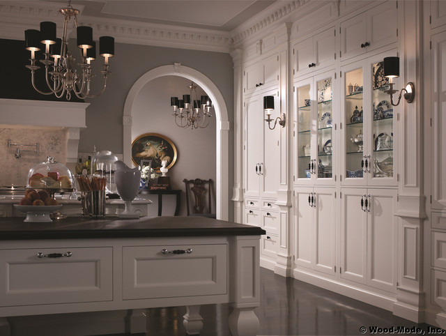 A: Wood Mode 1 - Traditional - Kitchen - Chicago - by Karlson Kitchens