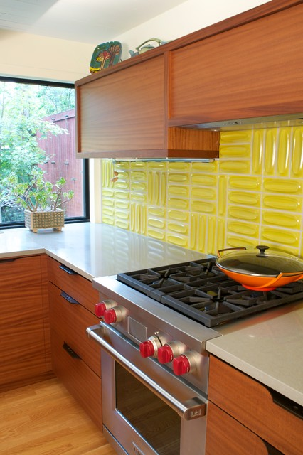 Mid-sized 1950s u-shaped light wood floor kitchen pantry photo in Denver with a double-bowl sink, flat-panel cabinets, medium tone wood cabinets, quartz countertops, yellow backsplash and stainless steel appliances