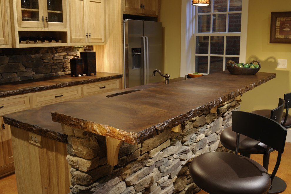 Inspiration for a timeless kitchen remodel in Columbus with concrete countertops