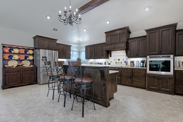 Ada compliant custom home traditional kitchen austin for Ada compliant homes