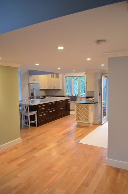 Adamo 5 Waterview contemporary-kitchen