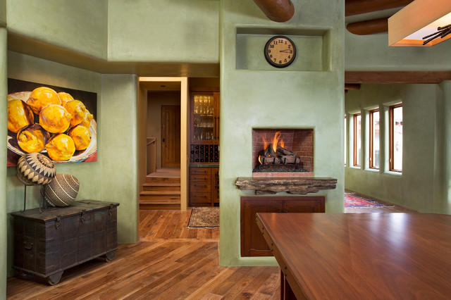 Adobe homes in santa fe new mexico for Home builders new mexico