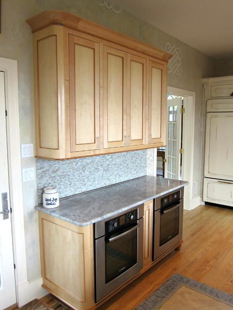 Advantage Contracting Portfolio contemporary-kitchen