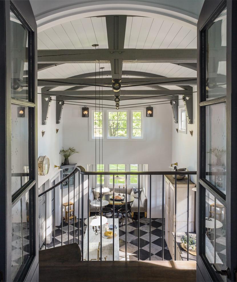 Inspiration for a cottage kitchen remodel in Burlington
