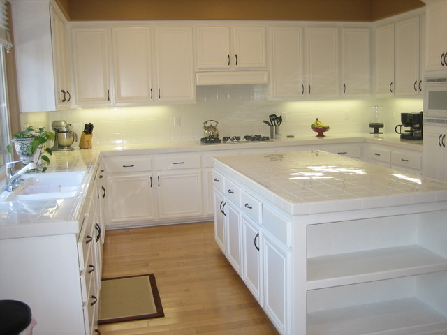Before and after traditional-kitchen