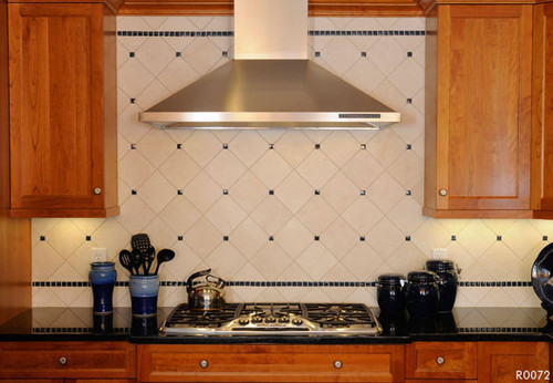 No wall cabinets adjacent to chimney hood how high to tile - Azulejos rusticos cocina ...