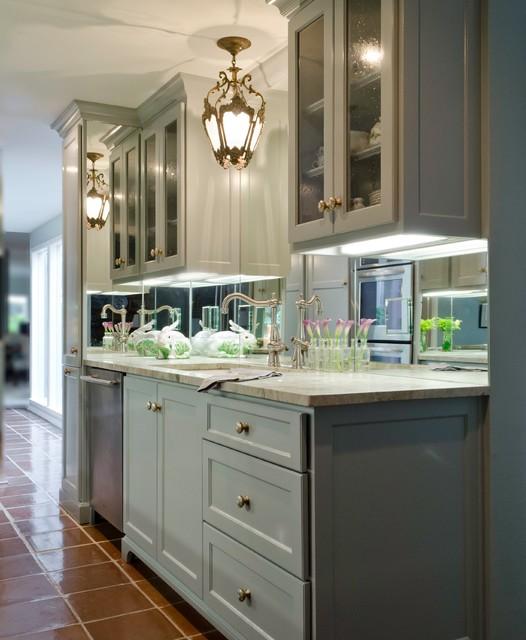 Alamo heights condo kitchen by bradshaw designs for Colorado kitchen designs llc