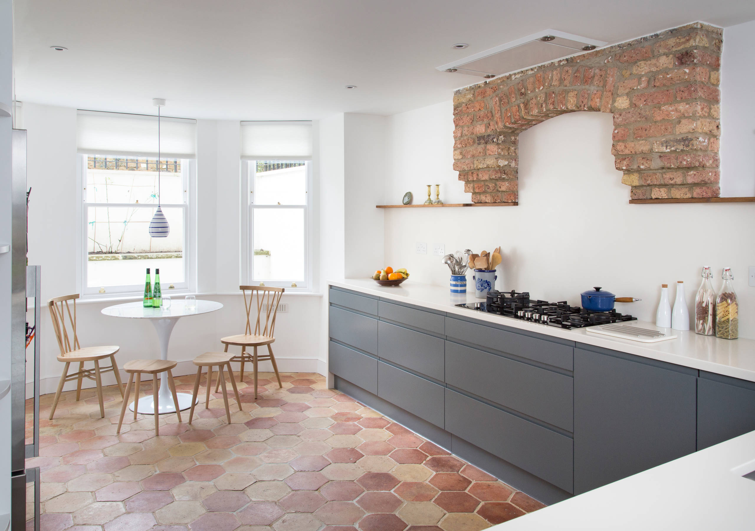 75 Beautiful Terra Cotta Tile Kitchen Pictures Ideas January 2021 Houzz