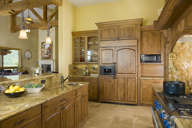 Alder Estate traditional kitchen