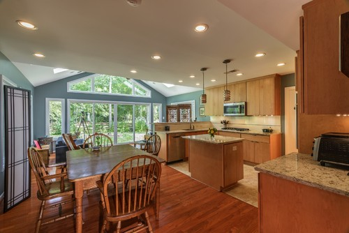Foster Remodeling | Kitchen Remodeling | Bright Kitchen