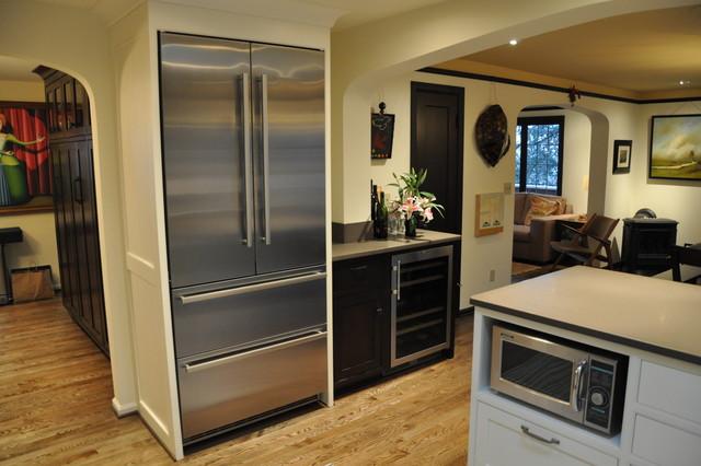 Alki Cottage transitional-kitchen