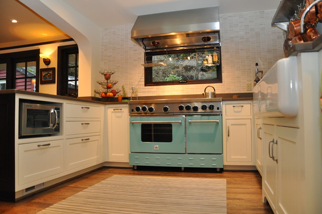 Alki Cottage transitional-kitchen