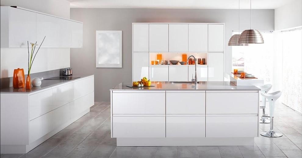 All White Acrylic Kitchen - Contemporary - Kitchen ...