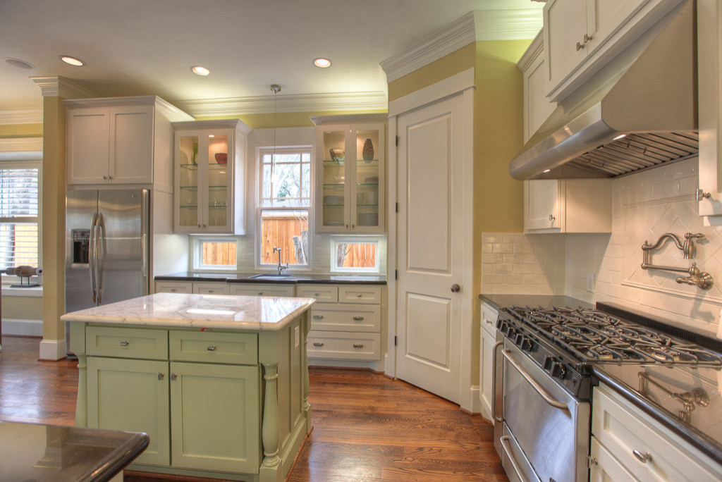 Alleanza Custom Homes Kitchens