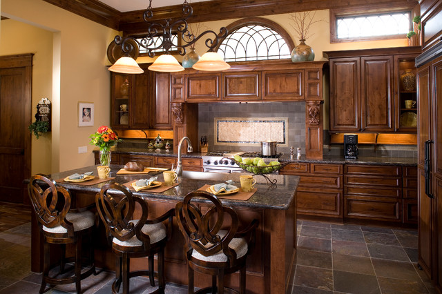 Allegro Builders + Oxford traditional-kitchen