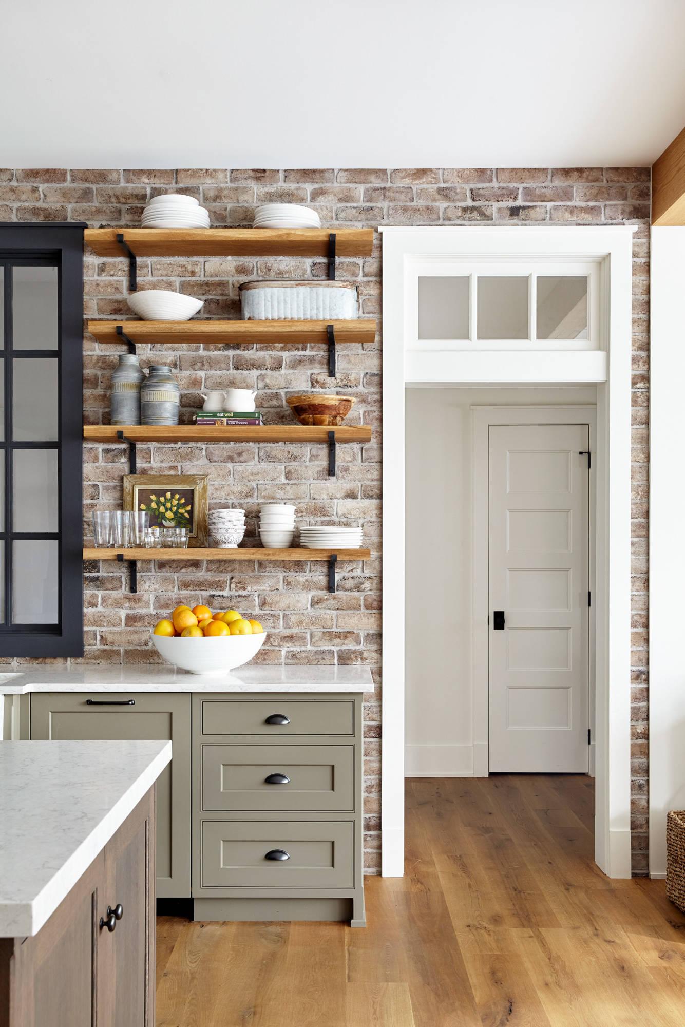 75 Beautiful Kitchen With Brick Backsplash Pictures Ideas April 2021 Houzz