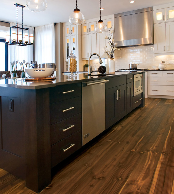 Modern Kitchen Design Calgary: By Huntwood Custom Cabinets