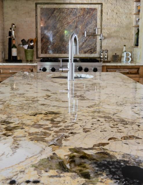 Alpinus granite - Traditional - Kitchen - dallas - by Levantina USA