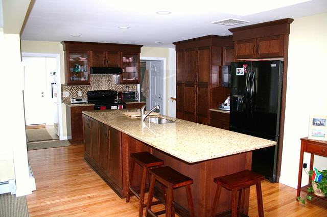 Amazing before and after remodel of a kitchen in Rumford,RI traditional-kitchen